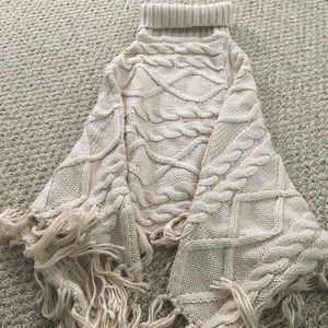Forever 21 Sweaters - Forever 21 poncho